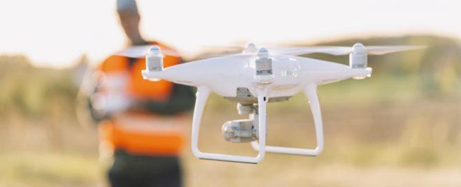 Inspectie met drones (Shutterstock)